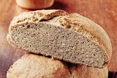 Dark Wholemeal Bread with Flax Seeds Bread Recipes, Baking Recipes, Rustic Bread, Freshly Baked, How To Make Bread, Best Breakfast, Love Food, Banana Bread, Eat