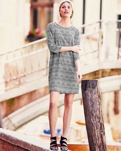 We took our favorite silk, our favorite black-and-white color combination (it's back, big time), and our favorite boxy, tapered silhouette to create a transitional dress that looks great on everybody who's given it a go. The pull-on style is relaxed, but you can also cinch it with a belt when you're in a more pulled-together mood.