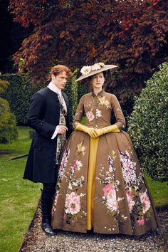 Outlander Claire ep205 Paris 1740s Brown Flower Dress