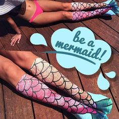 There aren't many fairy tale creatures that stir up wonder in our imaginations quite like the mermaid. Turn your toes into flippers and your shins into scales when you slip on Mermaid Socks. Each unis