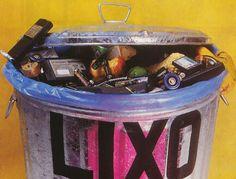 """A ação, que segue até dia 9,  integra o projeto do Rock In Rio 2013, """"Lixo no lixo, Rio no Coração"""""""