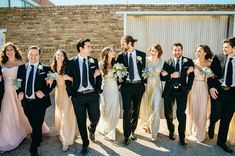 love this picture of the wedding party!  Glam Urban Dallas Wedding