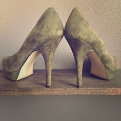Army Green Sueded Enzo Angiolini Peeped Toe Pumps Gently worn twice to dinner...Gorgeous green leather, very comfortable peep toe pumps! Received many compliments! Enzo Angiolini Shoes Heels