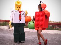 How to Make a LEGO Costume. LEGO costumes are both creative and easy to make. For something quick, try making a basic LEGO brick costume. For something a little more complicated, attempt a LEGO man costume. Halloween Lego, Lego Man Costumes, Lego Costume, Diy Halloween Costumes For Kids, Diy Costumes, Halloween Crafts, Costume Ideas, Costumes You Can Make At Home, Legos