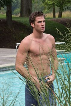 A Shirtless Liam Hemsworth Showing off his Assets for 'Paranoia.'