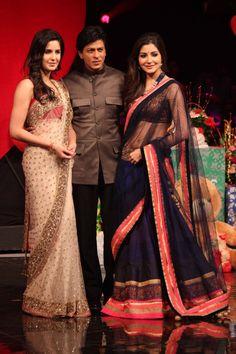 View Pictures of Shahrukh Khan, Anuskha Sharma, Katrina Kiaf on the sets of…