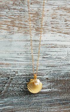 Sea Shell LOCKET Necklace Gold Shell Necklace Ocean Nautical Pendant Pearl Summer Wedding Beach Mermaid