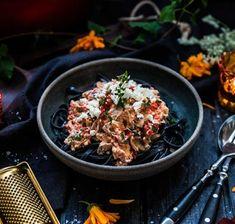 Vegogratäng med grönkål, fetaost och soltorkade tomater - Landleys Kök Ethnic Recipes, Food, Meals, Yemek, Eten