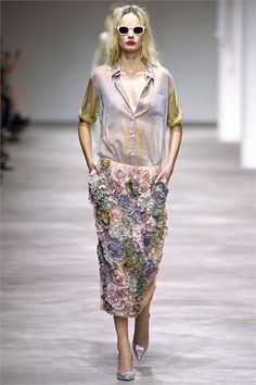 Dries Van Noten - Spring Summer 2013 Ready-To-Wear - Shows - Vogue.it