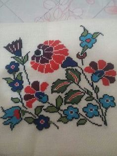 This Pin was discovered by Nil Ribbon Embroidery, Cross Stitch Embroidery, Cross Stitch Letters, Vintage Cross Stitches, Bargello, Stitch Patterns, Needlework, Diy And Crafts, Couture