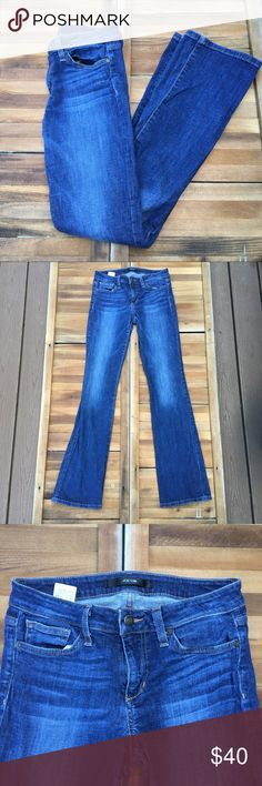 """Joes Jeans Jocelyn Skinny Bootcut In a medium wash, these skinny bootcut jeans by Joe's are an excellent staple piece. The flared detail makes for a great item. Made from cotton and elastane. In good condition. Approximate measurements lying flat: 32.5"""" inseam 20221 Joe's Jeans Jeans Boot Cut"""