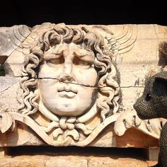 Ted marvels at the beautiful head of #Medusa and fortunately got away with it  The iconic image of #didyma the #templeofapollo #Turkey #TweedyTed #bearstagram #Bearsontour #tedsontour #gorgons #harristweed