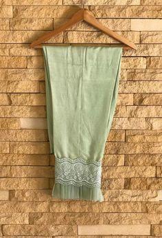 Abdullha Salwar Designs, Kurti Neck Designs, Dress Neck Designs, Kurti Designs Party Wear, Blouse Designs, Kurti Sleeves Design, Sleeves Designs For Dresses, Trouser Pants, Plazzo Pants