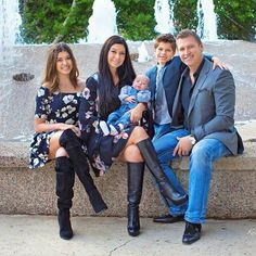 Photo of Kalani & her family from a recent photoshoot that they had together including the new baby!