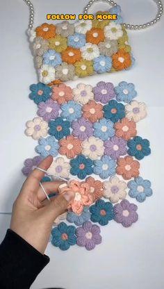 Crochet Bag Tutorials, Diy Crochet Projects, Crochet Flower Tutorial, Crochet Flower Patterns, Crochet Blanket Patterns, Crochet Designs, Crochet Crafts, Crochet Flowers, Yarn Crafts