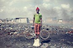 """Wir sind über die Fotoserie """"Agbogbloshie"""" auf den Fotografen Kevin McElvaney aufmerksam geworden und haben nachgefragt"""