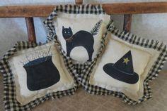 Primitive Folk Art Halloween Pillow Tucks by auntiemeowsprims
