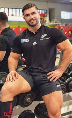 Hot Rugby Players, Hunks Men, Beefy Men, Men In Uniform, Athletic Men, Moda Fitness, Sport Man, Good Looking Men, Muscle Men