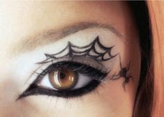 Cool Spider Web Eyeliner #halloween #makeup #ideas
