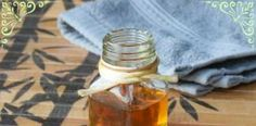 HONEY AND BAKING SODA FACE CLEANSER FOR SMOOTH, SOFT SKIN