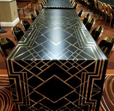 Art Deco dining tabl