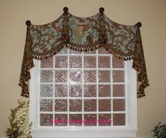 M'Fays' Oxford Valance sewn by Fabric Creations