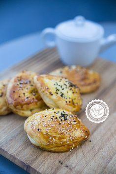 Pastane Poğaçası (Net Ölçülerle) - Tarifin püf noktaları, binlerce yemek tarifi ve daha fazlası...