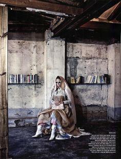 vogue korea 2013 august       3 620x816 Vogue Coréia Agosto 2013   Stefani Lee e Lee Seung Mi por Ogh Sang Sun  [Editorial]