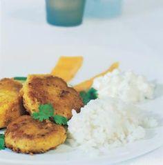 Currydoftande linsbiffar med yoghurtraita - Norrmejerier