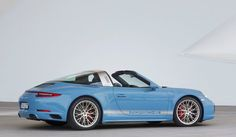 2016 Porsche 911 Targa Design Edition-rear Save image