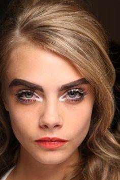 Weißer Eyeliner