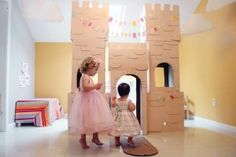 Storybook princess birthday party for little girls. This post is filled with great DIY ideas for a little girls birthday party and just LOOK at that castle mom made! Little Girl Birthday, Princess Birthday, Princess Party, 2nd Birthday, Cardboard Box Castle, Cardboard Boxes, Diy For Kids, Crafts For Kids, Fun Crafts