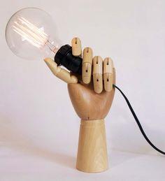 Luminária de Mesa Mão