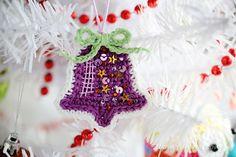 crochet Christmas bell ornament