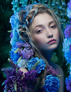 Photogapher: Andrew Mashkov, Floristic: Lyudmila Koreshkova, Hair style: Svetlana Kostina, MUA: Zhanna Baluha, Model: Alina Levkina