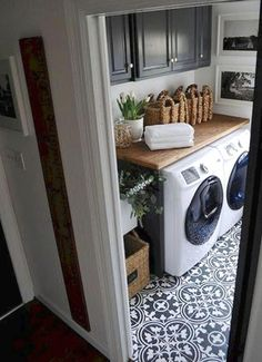 50 Excellent Laundry Room Tile Design ~ Home Design Ideas Laundry Room Tile, Laundry Room Remodel, Laundry Decor, Laundry Room Organization, Laundry Room Design, Laundry Nook, Organizing, Küchen Design, Home Design