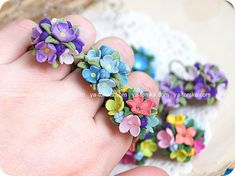 polymer clay flower rings by ya-tomka.com. -  BEAUTIFUL!!!  THEY'RE SO SWEET! A