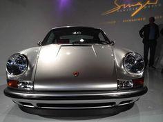 Porsche 911 964 by Singer