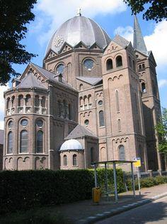 Heilige Naam Jezus Kerk, Lierop, Noord-Brabant.