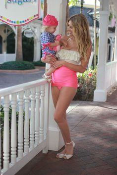 Maternity swim #swimzip #albionfit #birdalamode