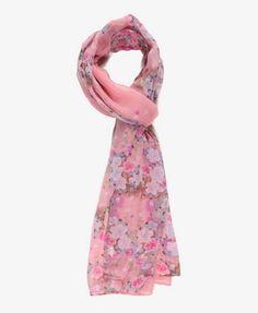 This scarf jus screams spring/summer I just wanna wear it all sring/summer long