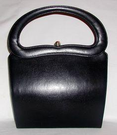 Sculptural handle vintage bag