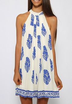 You're going to have to plan a tropical vacation just so you can wear this leaf print tent dress. It's a vacation essential you don't want to miss out on. #lookbookstore #FashionClothing