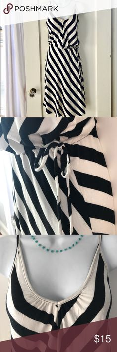 Fun Stripped Dress This dress has traveled the world with me!  Fun mix of directional stripes and drawstring waist for adjustability. Forever 21 Dresses Midi