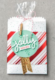 Julie's Stamping Spot -- Stampin' Up! Jolly Wishes Christmas Mini Treat Bag | Christmas Greetings Thinlits