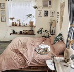 Rustic Bedroom Ideas - These modern ideas will certainly help you create a rustic passionate bedroom that emits informal heat without feeling cluttered or cookie-cutter. Warm Bedroom, Bedroom Inspo, Home Bedroom, Bedroom Decor, Bedroom Ideas, Small Bedroom Inspiration, Bedroom Storage, Bedroom Shelves, Trendy Bedroom