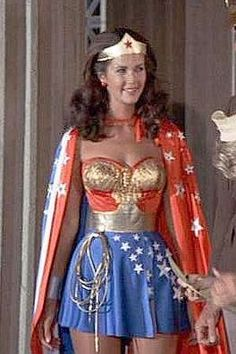 Lynda Carter as Wonder Woman Linda Carter, Divas, Wonder Women, Gal Gadot, Fancy Dress, American Actress, Beautiful Women, Celebs, Actresses