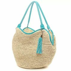Japanese retail site, no pattern. I like the contrast binding and tassel. Site shows close-ups of binding, tassel, and pocket. Bag Crochet, Crochet Shoes, Crochet Handbags, Crochet Purses, Love Crochet, Filet Crochet, Crochet Accessories, Handbag Accessories, Chesire Cat
