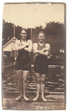 Fanny Durack and Mina Wylie were Australia's first women Olympians, winning gold and silver in the 100 metres freestyle, Stockholm, 1912 Great Women, Amazing Women, Illuminati, Old Photos, Vintage Photos, Stockholm, Brave, Bathing Costumes, Women In History