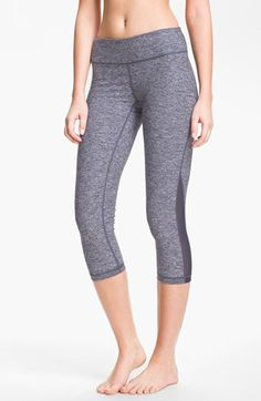 Zella 'Streamline - Live In' Slim Fit Capri Leggings